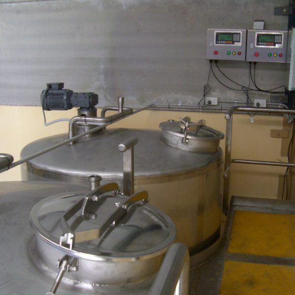 2 off mix tanks on weigh cells for the cleaning industry - top view